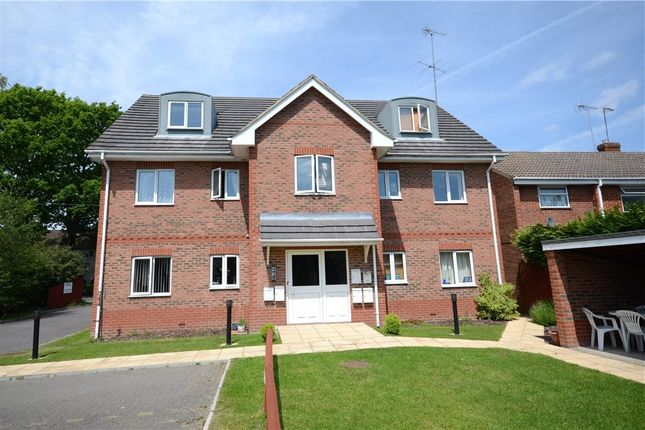 Thumbnail Flat for sale in Park House, 123 Chapel Lane, Farnborough