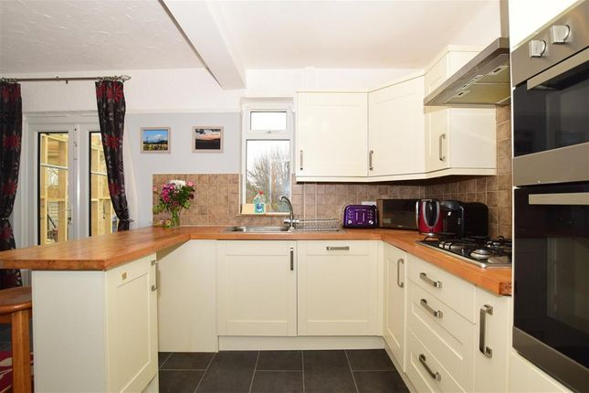 Thumbnail Terraced house for sale in Mount Road, Rochester, Kent