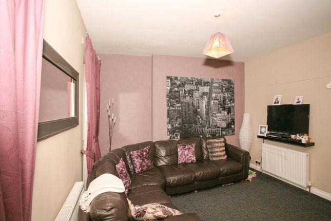 2 Bedroom Flats to Buy in Lockerbie - Primelocation