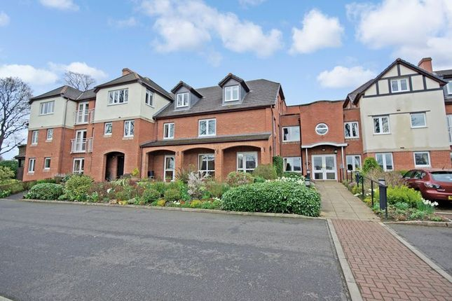 Flat for sale in Primlea Court, Corbridge