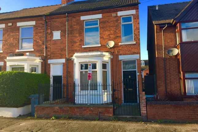 Thumbnail Terraced house to rent in Harlaxton Road, Grantham