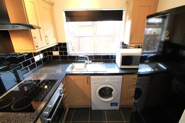 Thumbnail Maisonette to rent in Shepperton Road, Petts Wood, Orpington