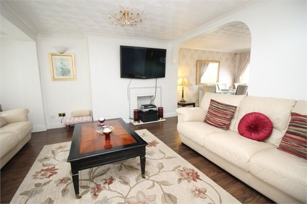 Thumbnail Semi-detached house to rent in Baccara Grove, Bletchley, Milton Keynes, Buckinghamshire