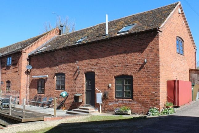 Thumbnail Barn conversion to rent in Shelsley Beauchamp, Worcester