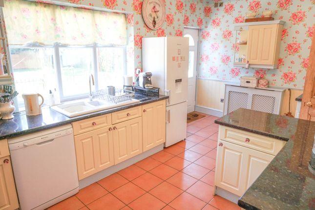 Kitchen of Wellingborough Road, Finedon NN9