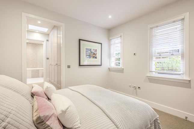 Bedroom of Henley-On-Thames, South Oxfordshire RG9