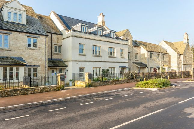 Thumbnail Property for sale in London Road, Tetbury