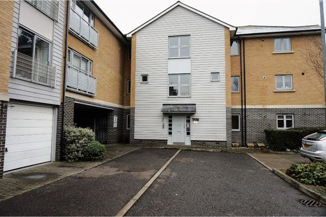 Thumbnail Flat for sale in Falcons Mead, Chelmsford