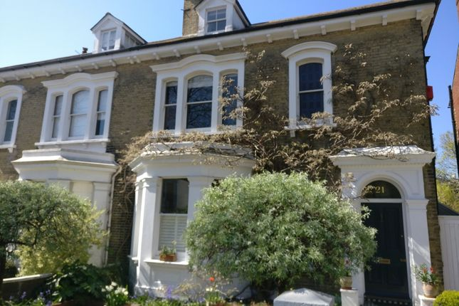 Thumbnail Terraced house to rent in Rectory Close, Glebe Villas, Hove