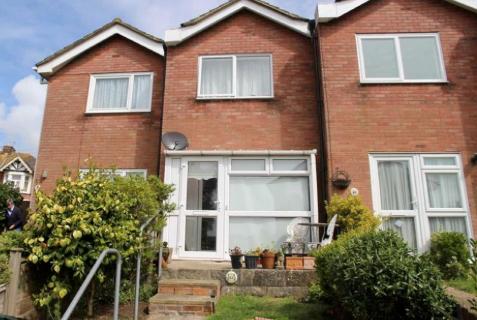 Thumbnail Terraced house to rent in Cromer Walk, Hastings