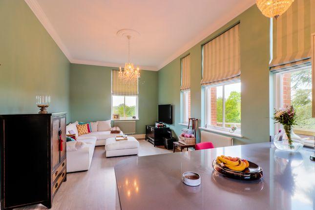 Thumbnail Flat for sale in Flat, Tavistock House, Rosebury Square, Woodford Green