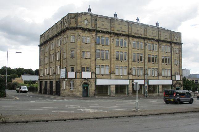 Thumbnail Retail premises to let in Leeds Road, Bradford