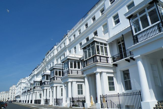 Thumbnail Flat to rent in Chichester Terrace, Brighton