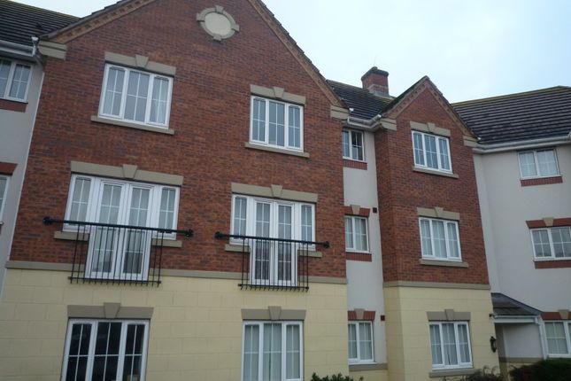 Thumbnail Flat to rent in Finchale Avenue, Priorslee