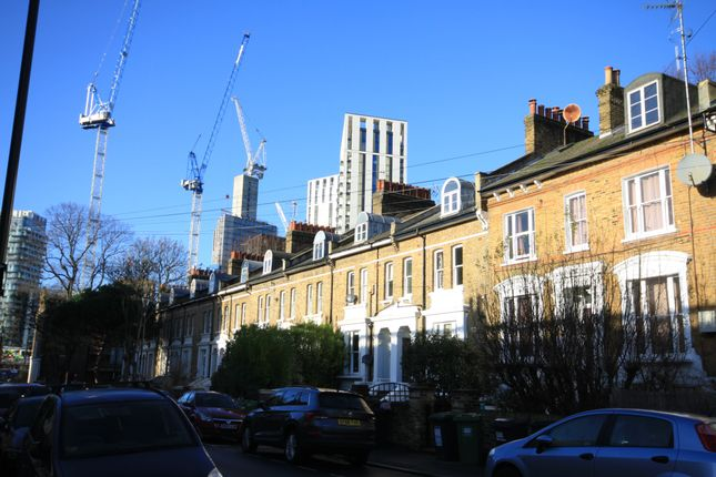 Flat for sale in Cressingham Road, London