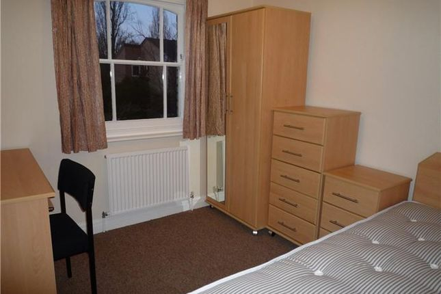 6 bed shared accommodation to rent in Pakenham Close, Cambridge