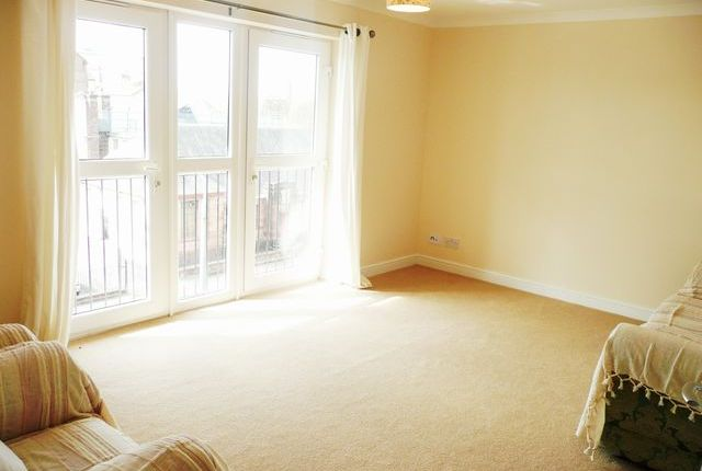 Thumbnail Flat to rent in Saracen Street, Speirs Walk, Glasgow, Lanarkshire