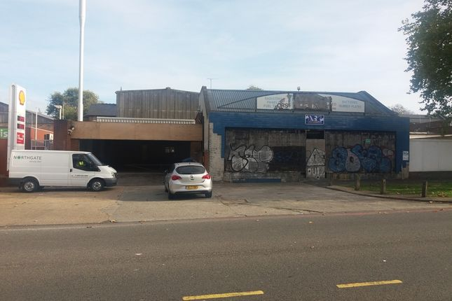 Thumbnail Warehouse to let in The Green, Devonshire Hill Lane, London