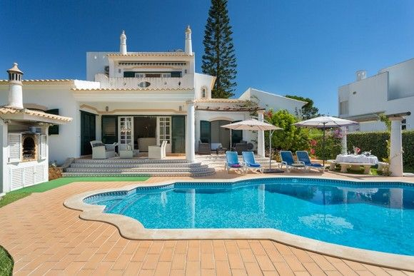 Thumbnail Detached house for sale in Vilamoura, Loulé, Central Algarve, Portugal