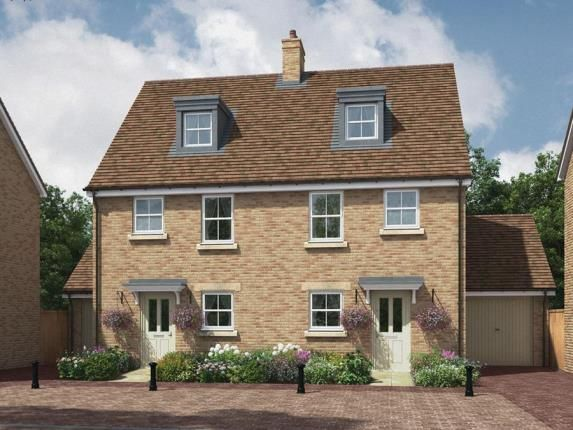 Thumbnail Semi-detached house for sale in Biggleswade, Bedfordshire