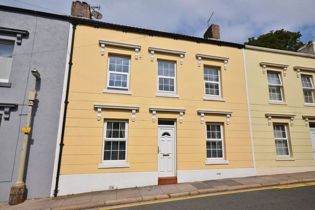 4 bed town house for sale in Wellington Row, Whitehaven