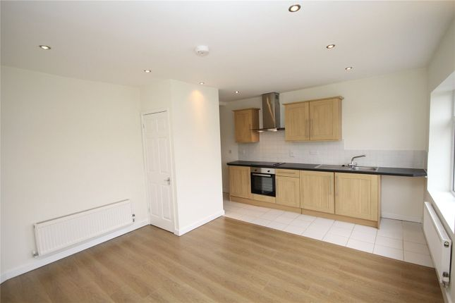 Thumbnail Flat for sale in Bellegrove Road, South Welling, Kent