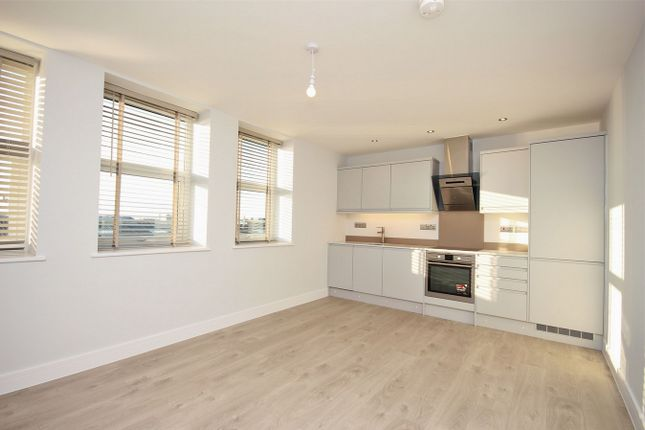 Thumbnail Flat for sale in International House, Moss Road, Colchester