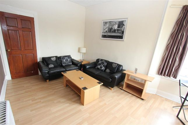 Thumbnail Flat to rent in Craig Road, Glasgow