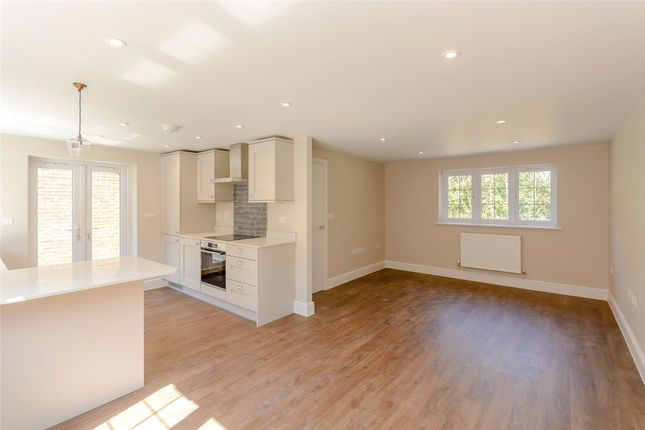 Thumbnail Detached house for sale in Newbury Street, Kintbury, Hungerford, Berkshire