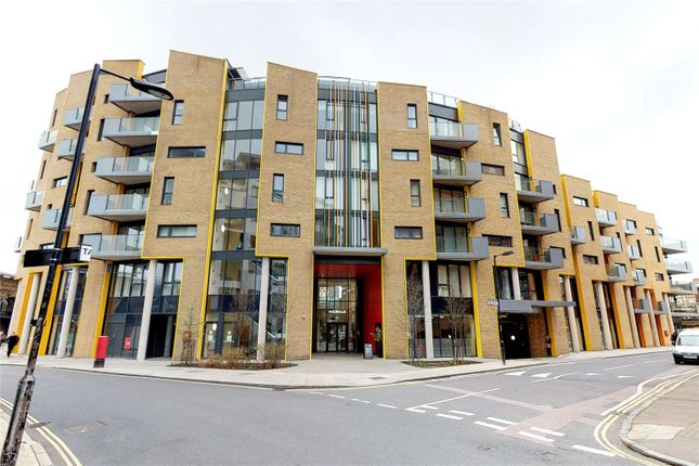 Picture No. 19 of Arc House, London SE1