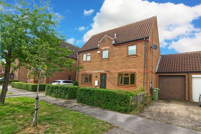 Thumbnail Detached house to rent in Aldrich Drive, Willen, Milton Keynes