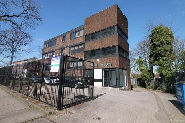Thumbnail Flat to rent in Lostock Road, Davyhulme, Manchester
