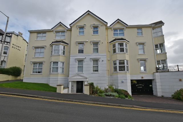 Thumbnail Flat for sale in Belgravia Road, Onchan