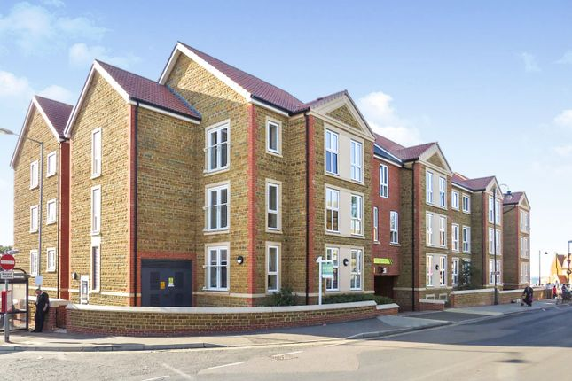 Thumbnail Flat for sale in St. Edmunds Terrace, Hunstanton