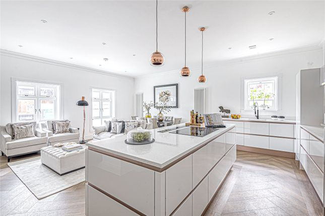 Thumbnail Flat for sale in St Michaels House, St Cross Road, Winchester, Hampshire