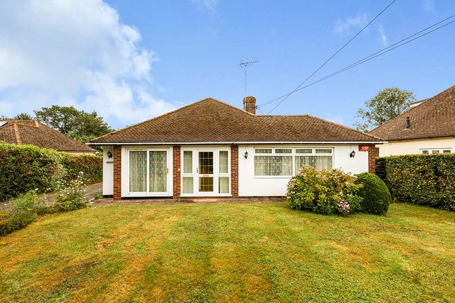 4 bed bungalow for sale in Fawkham Avenue, New Barn, Kent DA3