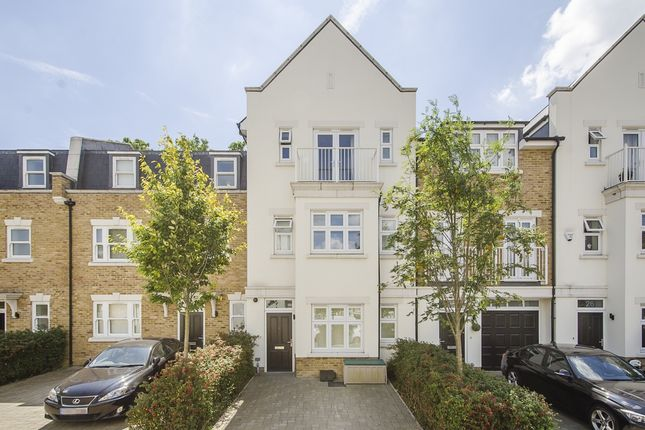 Thumbnail Terraced house to rent in Emerald Square, London