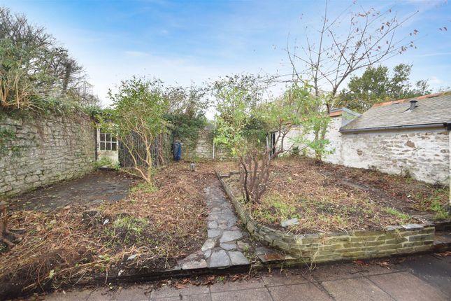Rear Gardens of New Street, Penryn TR10