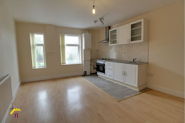 Thumbnail Flat to rent in 55 Southmoor Rd, Hemsworth, Wakefield