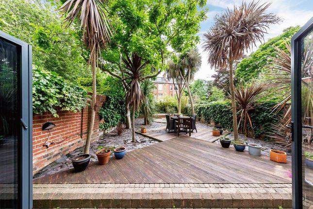 Photo 10 of Broadhurst Gardens, South Hampstead, London NW6
