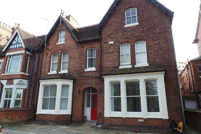 Thumbnail Flat to rent in Whitehall Road, Rugby