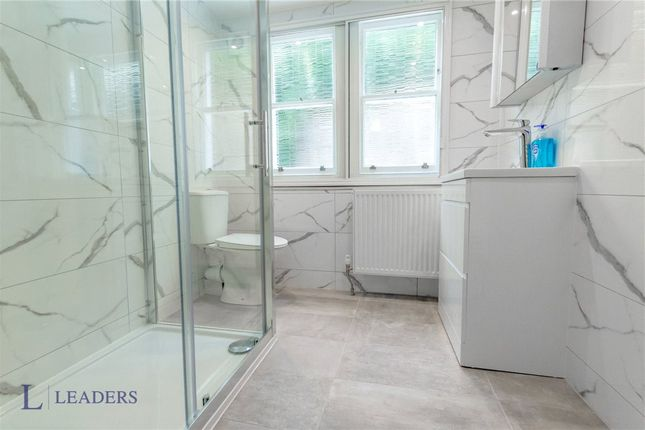 Shower Room of St. Nicholas Road, Brighton, East Sussex BN1