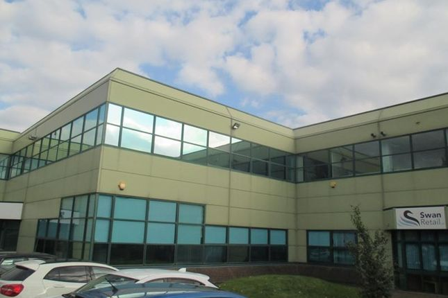 Thumbnail Office to let in Unit B Wellington Gate, Silverthorne Way, Waterlooville, Hampshire