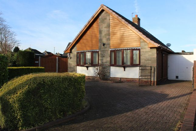 3 bed detached bungalow for sale in Haden Road, Tipton