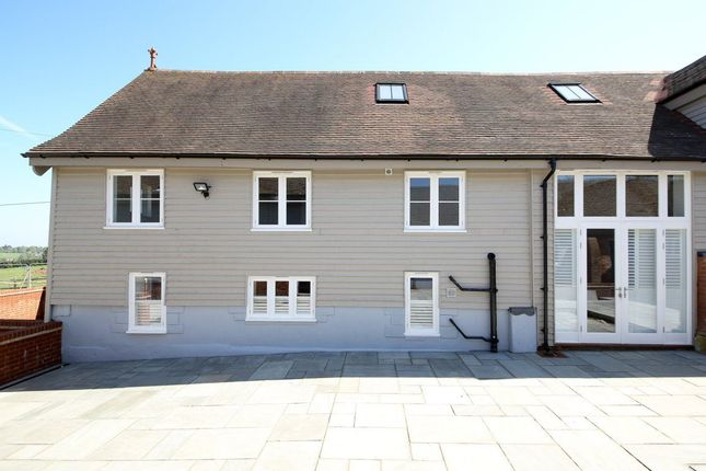 Thumbnail Barn conversion to rent in Fairtrough Road, Orpington