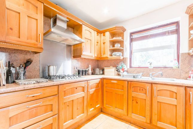 Thumbnail Property for sale in West Avenue Road, Walthamstow