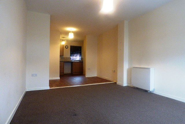 Thumbnail Flat to rent in Upper Market Street, Eastleigh