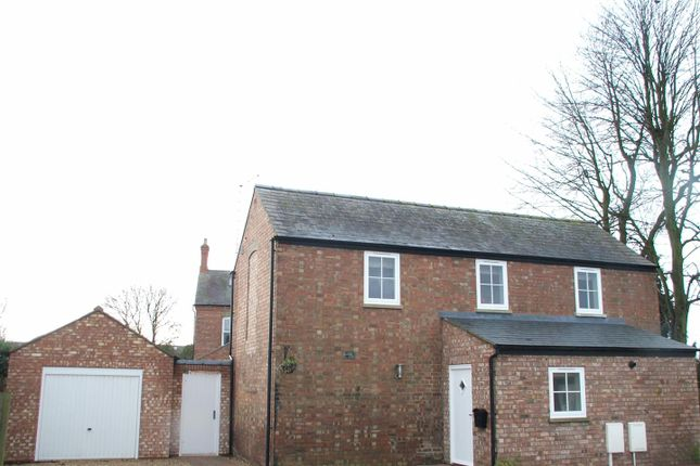 3 bed barn conversion to rent in High Road, Whaplode, Spalding PE12