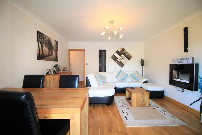 2 bed flat for sale in Birkdale, Bexhill-On-Sea