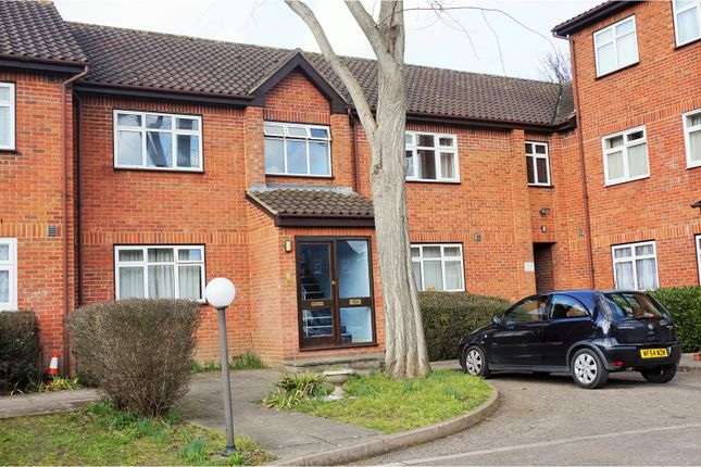 Thumbnail Flat for sale in 26A Fernleigh Close, Croydon